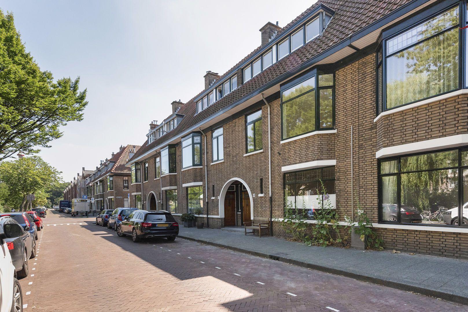 Hart Nibbrigkade 96, Den Haag